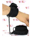 Manette costrittivi nere regolabili per polsi o caviglie in ecopelle vegana