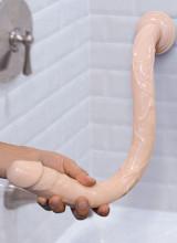 Gut Snake Realistico Dildo Flessibile con Ventosa 49,5 x 3,8 cm. Color Carne