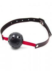 Gag Ball Nera Forata con Elastico e Cinturino in Similpelle Regolabile
